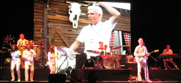 David_Byrne_stage